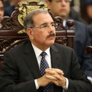Presidente dice que se pasará la semana completa en consultas sobre anteproyecto de Ley de Naturalización