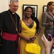 Parejas gay en Cuba reciben bendición de religiosos