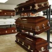 Apresan enfermero que mataba pacientes para negociar con sus familiares la funeraria