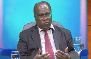Historiador denuncia haitianos se adueñan de áreas vitales de la RD VIDEO