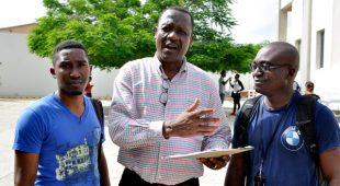 Piden no cobrar nada a estudiantes haitianos en RD porque no son ¨turistas¨
