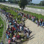 Ayudemos a Haití, pero en su territorio