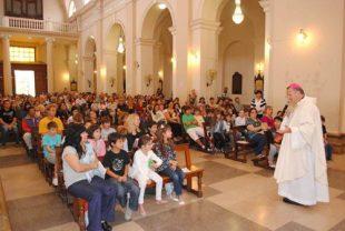La ONU asegura que llevar a los niños a la iglesia viola sus derechos