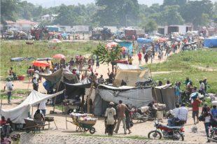 """Haitianos aumentan creacion de """"aldeas"""" cerca de la frontera con RD"""